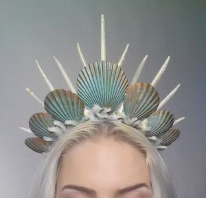 This avant garde crown